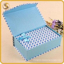 Printed Paper Gift Box with Robbin for Cosmetics