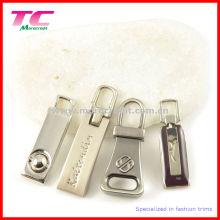 Tira de la cremallera de la calidad de encargo para las prendas de vestir (TC-ZP611)