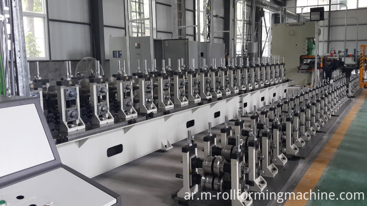 roofing forming machine