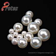 Différentes tailles de perles en plastique / perles d'imitation