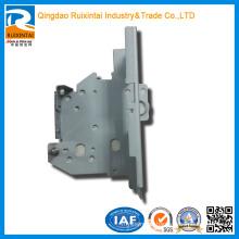 Peças de automóvel de precisão em aço personalizado / folha de metal Stamping Parts009