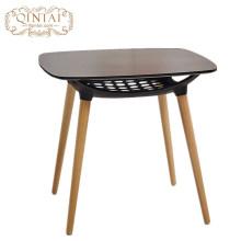 Alibaba vende muebles baratos al por mayor en la mesa MDF 1. Coloque las patas de la silla con el bolso de burbujas para evitar rayones.