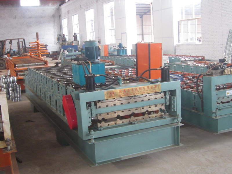 Trapezoidal PLC double layers roll forming machine