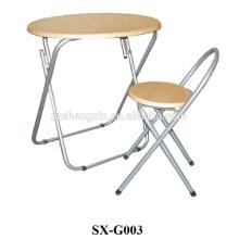 Table pliante et chaise avec cadre en métal