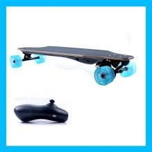 Erwachsene blaue Fernroller-Brett-elektrisches Skateboard