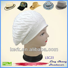 LSC23 Ningbo Lingshang beautiful design accept Custom logo Fashion white plain winter crocheted hat