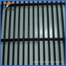 PVC Coated 12.7*76.2mm Mesh Anti-Climb Security Fence