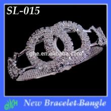 Nuevo brillo del brazalete de la manera de Yiwu Los últimos diseños fornidos de la pulsera de la pulsera del oro