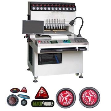 Machine automatique de fabrication d'étiquettes en PVC moulé en caoutchouc