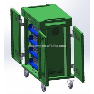 Tablet / laptop / chromebook cobrando estação de carregamento do armário com o movimento