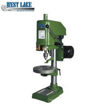 Machine universelle de taraudage verticale avec ISO (SWJ-12A)