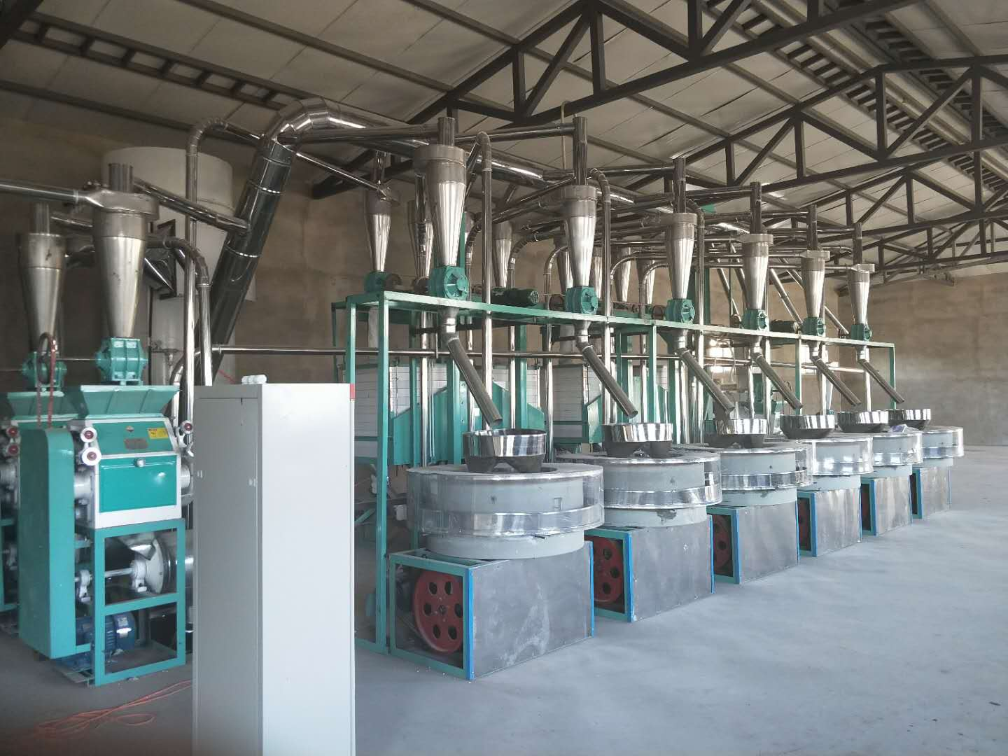 mini flour mill plant