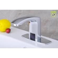 Grifo de agua autocontrolada de latón macizo, grifo de lavabo automático