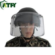 A polícia e a segurança militar protegem a viseira da máscara do protetor de cara à prova de balas
