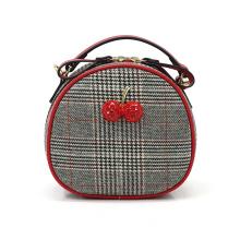 Lovely Cherry Houndstooth runde kleine Sling-Tasche
