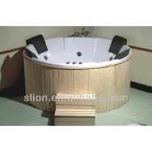 Mais novos banheiras com banheira de hidromassagem com alta qualidade