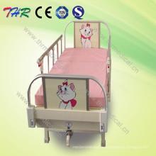 Lit de bébé de qualité CE à une manivelle (THR-CB001)