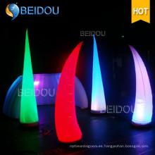 Decoración de fiesta Inflable Columna de LED Arco Conos de tubo Ivory Tusk