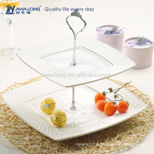 Forme carrée Jolie conception Assiette de gâteau en porcelaine blanche à style élégant, deux couches Assiette de fruits