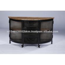 Buffet classique en métal vintage avec roulettes et toit en bois naturel et étagères