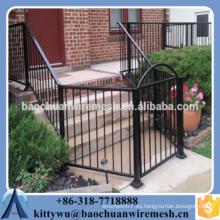 Puerta de la cerca / puerta de la cerca / puerta de la cerca de metal, puerta de la cerca / puerta de la cerca de metal, puerta de la cerca / puerta de la cerca de metal
