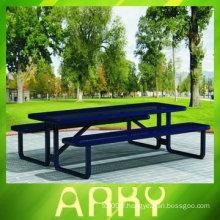 Table de jardin de bonne qualité