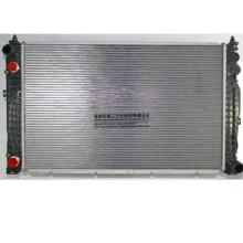 OE 8D0121251D For Aaudi Qquattro Ppaassat Radiator Fan