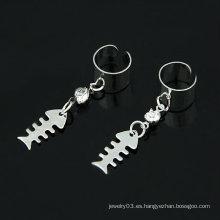 Lindo pescado de acero inoxidable diseño oído cuello de oreja de diamante de imitación clip EC44