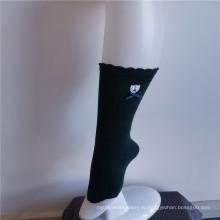 Простые трикотажные женские эластичные носки для экипажа из спандекса и нейлона