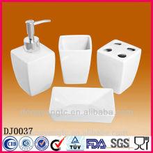 weißer keramischer Badezimmersatz, Badezimmerzubehörsatz, Badezimmergesundheitssatz
