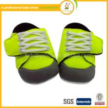 Chaussures de sport de bébé de printemps et d'automne en gros à prix bon marché en Chine