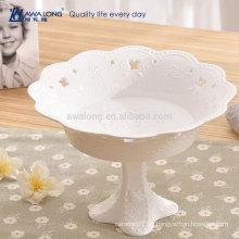 Blumen-Form-reine weiße Großhandelsfeine Porzellan-tiefe Fruchtplatte, kundenspezifische keramische Platten