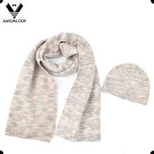 Bufanda y sombrero hechos punto irregulares del invierno de las señoras 2016 de la manera