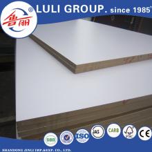 E1 Leim Melamin MDF-Platte von China Luli Group