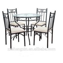 Table à manger et chaise en métal avec éponge
