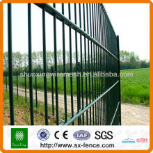 CE-zertifizierte PVC-beschichtete Twin Wire Mesh Zaunpaneele