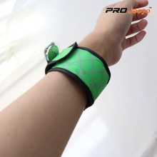 LED Night Vision Oxford Fabric Green Plaid Brazalete