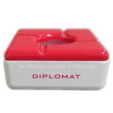 Cendrier carré en mélamine rouge avec couvercle