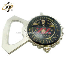 Nouveaux produits logo personnalisé en alliage de zinc décoration de mariage décapsuleur en métal