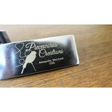 Laserdruck Metall Custom Logo Tag Plate mit Qualität und Professional für Bag Wallet Handtasche Laptop und Leder gehören