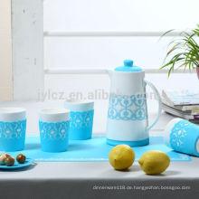 Keramiktopfset mit Silikonhülle für die Tasse und rutschfestem Silikon für die Kaffeekanne