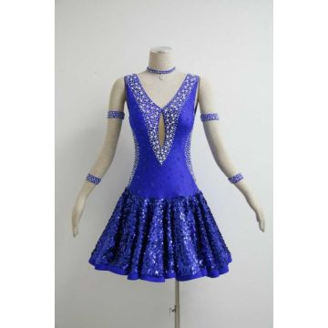 Blaue Salsa-Performance-Outfits