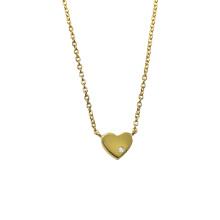 Collar chapado en oro con un pequeño corazón de amor