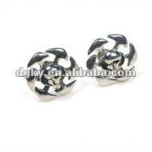Fashion ear stud piercing stainless steel silver color blades cartilage earrings