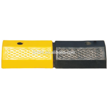 500x150x100mm double holes rubber wheel stopper
