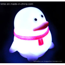 Pingüino de plástico para niños Juguete suave de PVC Luminoso Flash Shining Toy