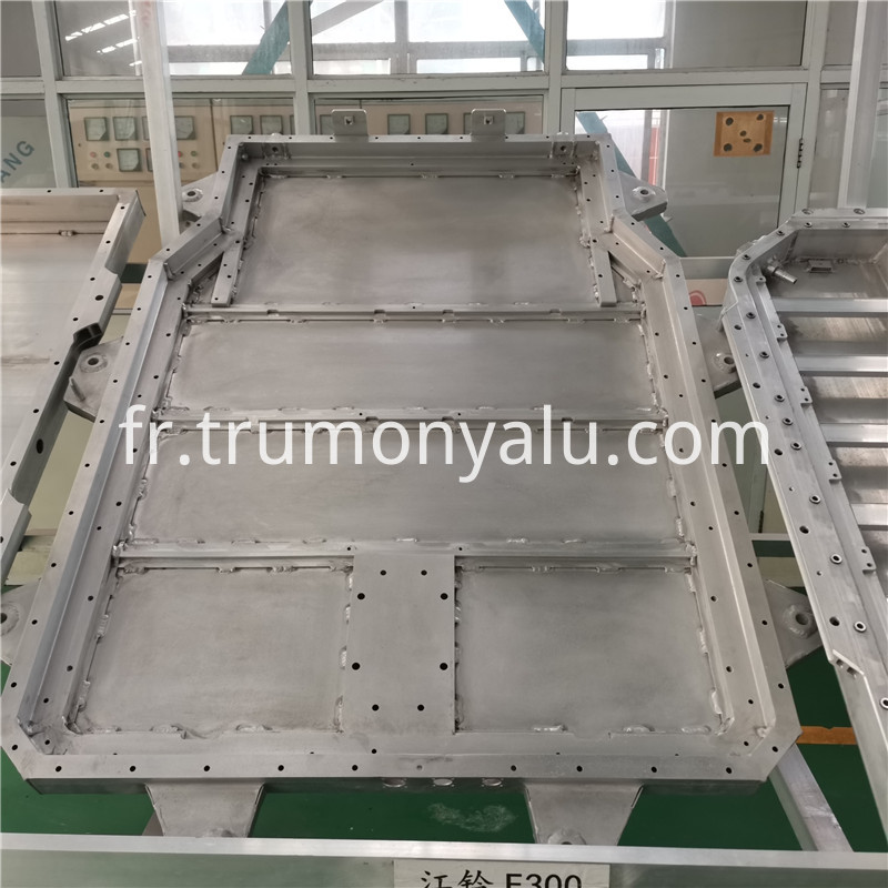 Aluminum Battery Tray04