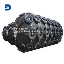 Garde-boue pneumatique en caoutchouc avec chaîne galvanisée et pneu fabriqué en Chine