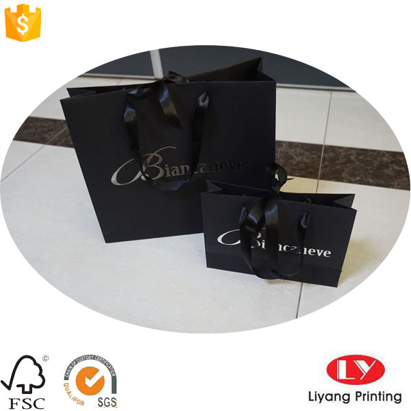 black paper bag silver logo2
