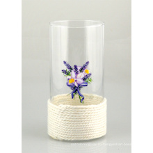 Стеклянная ваза с веревкой из хлопка и красивой печатью